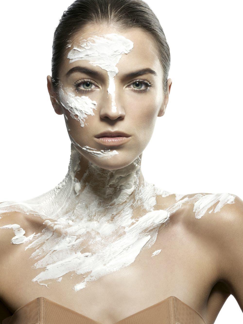 Un 41 por ciento de las mujeres buscamos cremas y productos que...