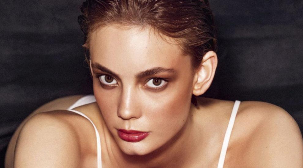 2b88f4cdf Cómo hacer que tu base de maquillaje dure intacta más tiempo | Telva.com