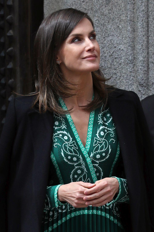 Doña Letizia con un diseño de Sandro.