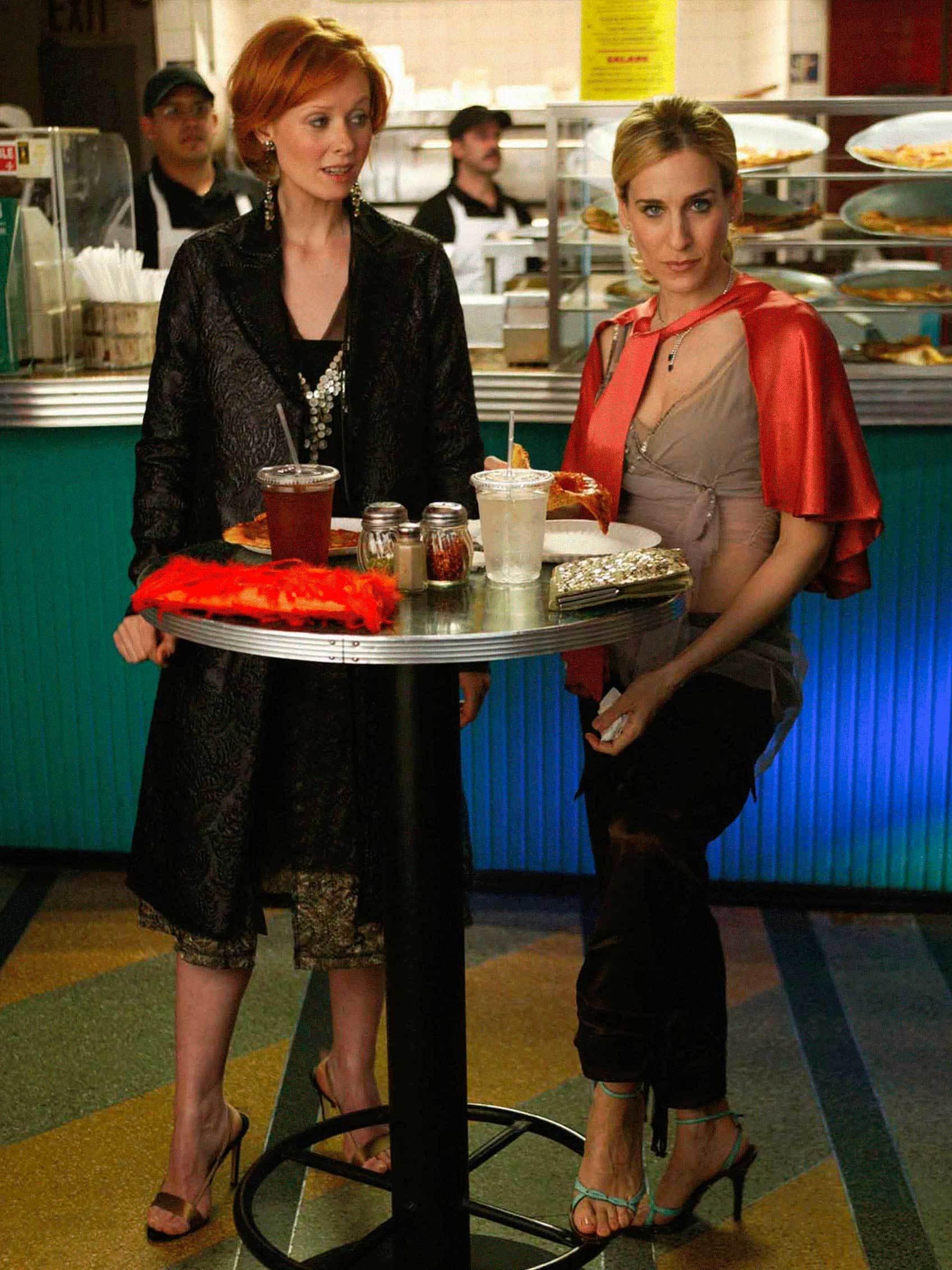Carrie Bradshaw con las famosas sandalias.