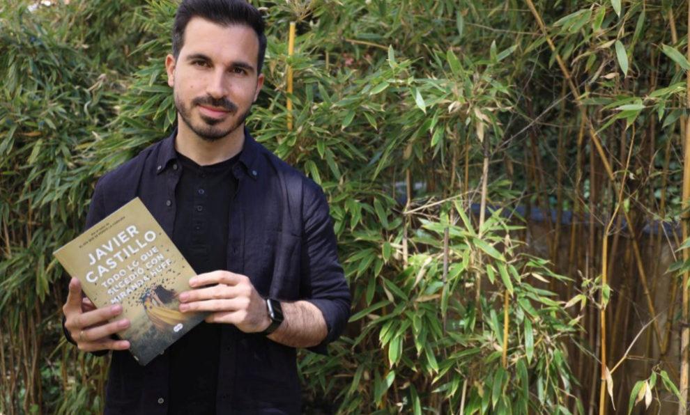 """El escritor Javier Castillo publica su tercera novela, """"Todo lo que..."""