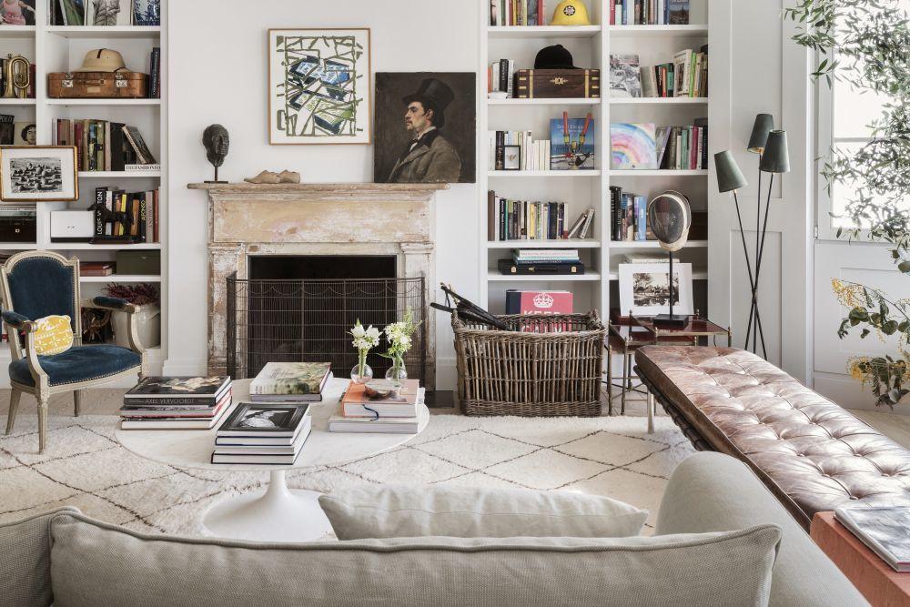 Librería diseñada por la arquitecta Irene Benjumea.