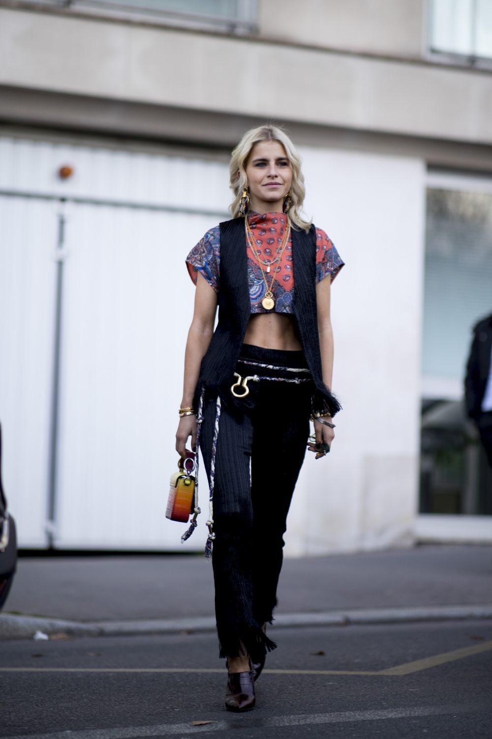 Caroline Daur en la Fashion Week de Paris.
