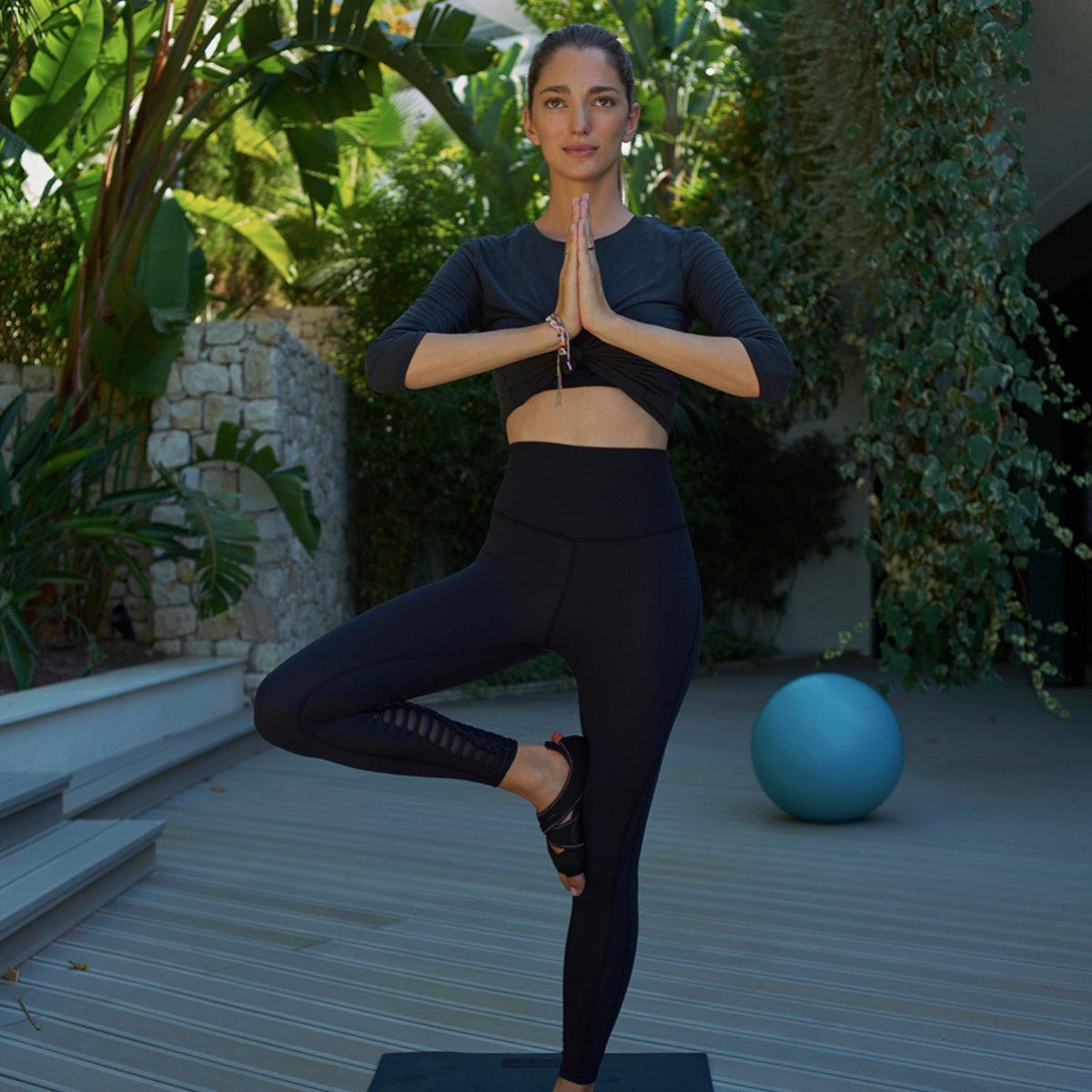 Entrenar el cerebro a través de las asanas de otros tipos de yoga es...