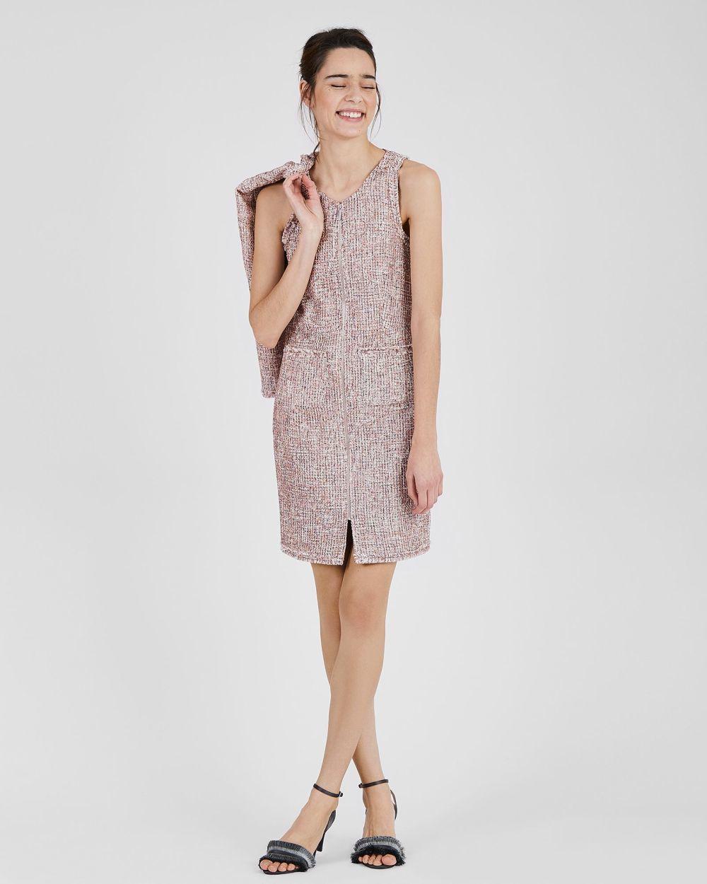 Vestido de tweed, de Trucco (59,95 euros).