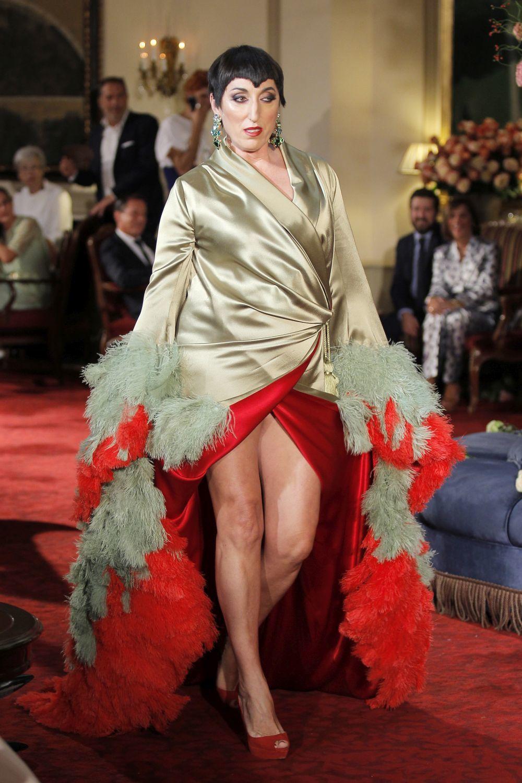 El diseño de Palomo Spain que ha lucido Madonna en el videoclip de...