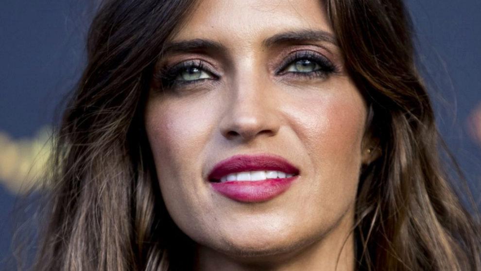 Sara Carbonero, siempre enmarca sus ojos verdes con khôl o lápiz...