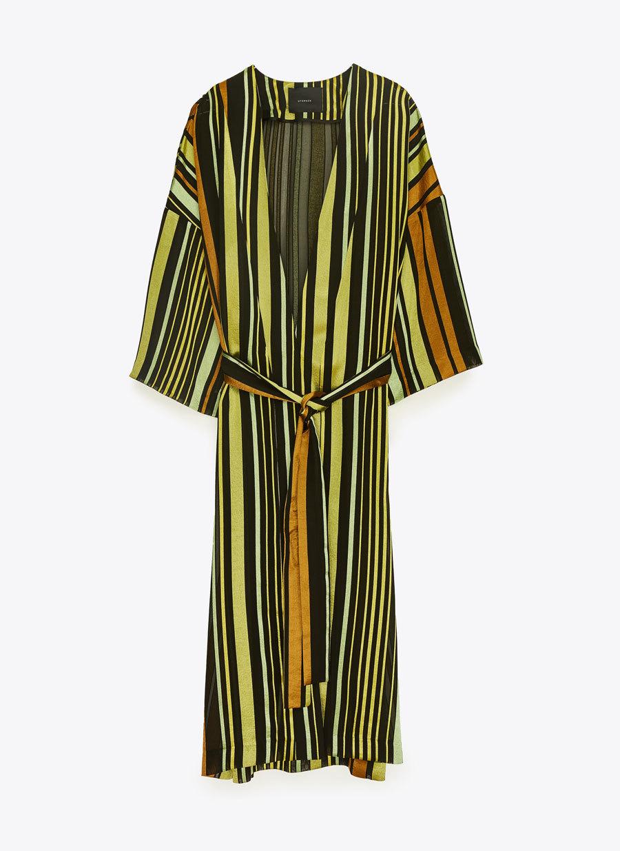 Vestido cruzado de rayas de Uterqüe