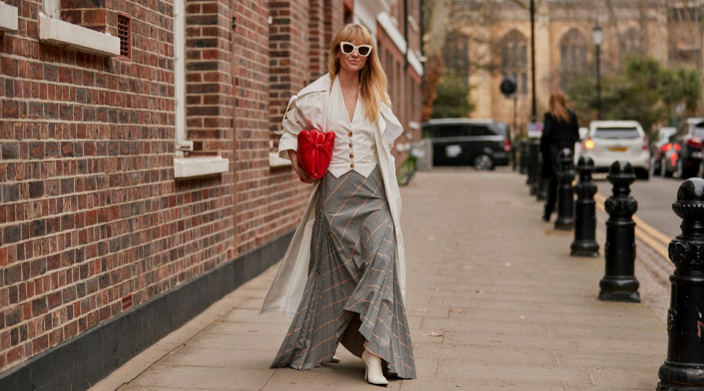 Falda midi vista en Londres