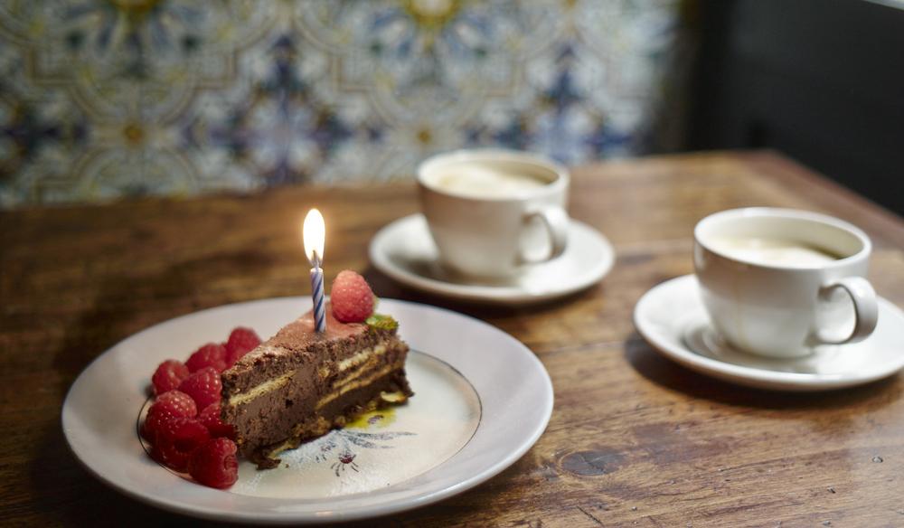 Tarta de cumpleaños de Taberna La Carmencita
