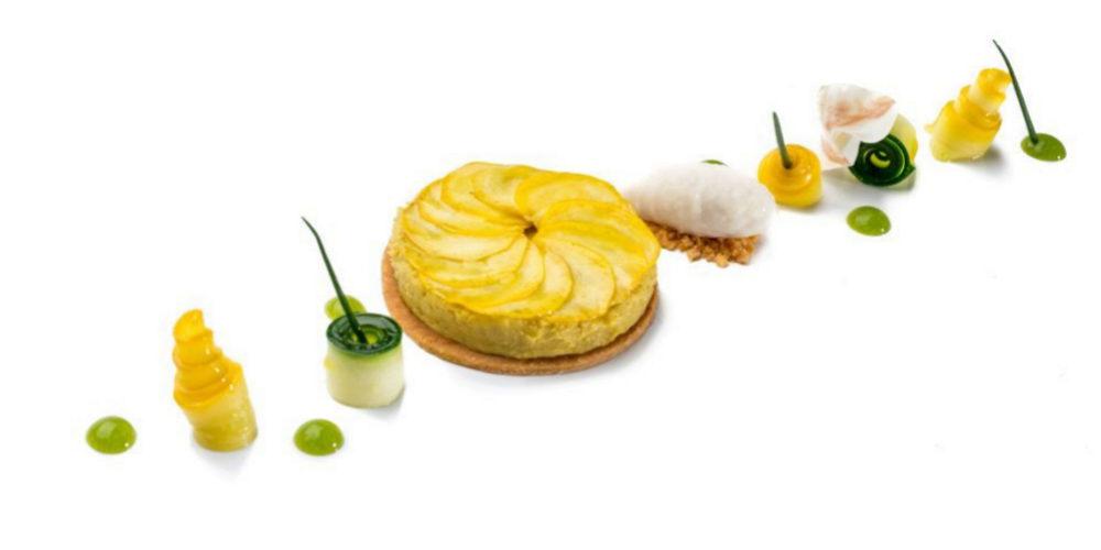 Tartaleta de calabacín y foie grass con sorbete de papada ibérica.