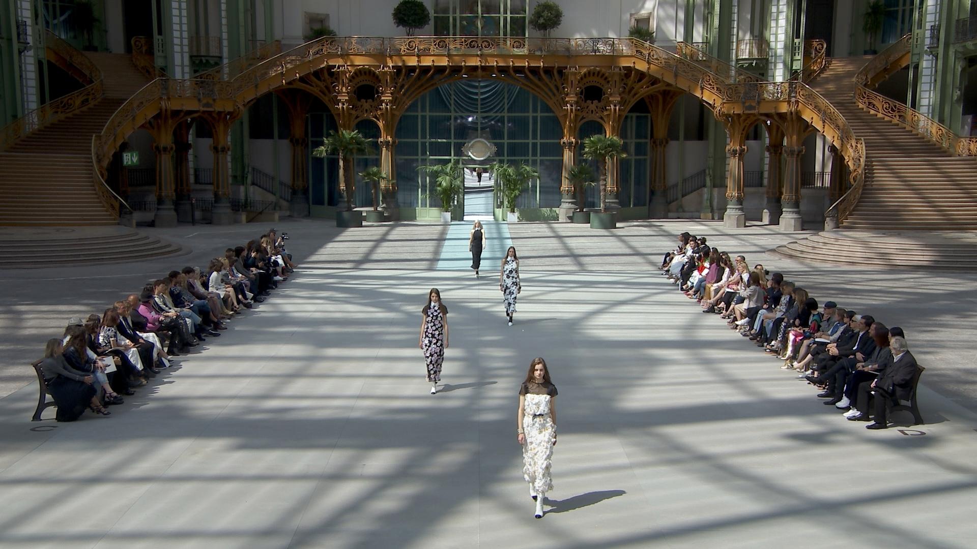 Desfile colección crucero 2019-2020 de Chanel en el Grand Palais