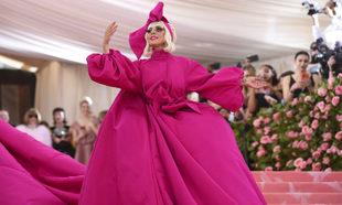 Lady Gaga, a su llegada a la Gala MET 2019.
