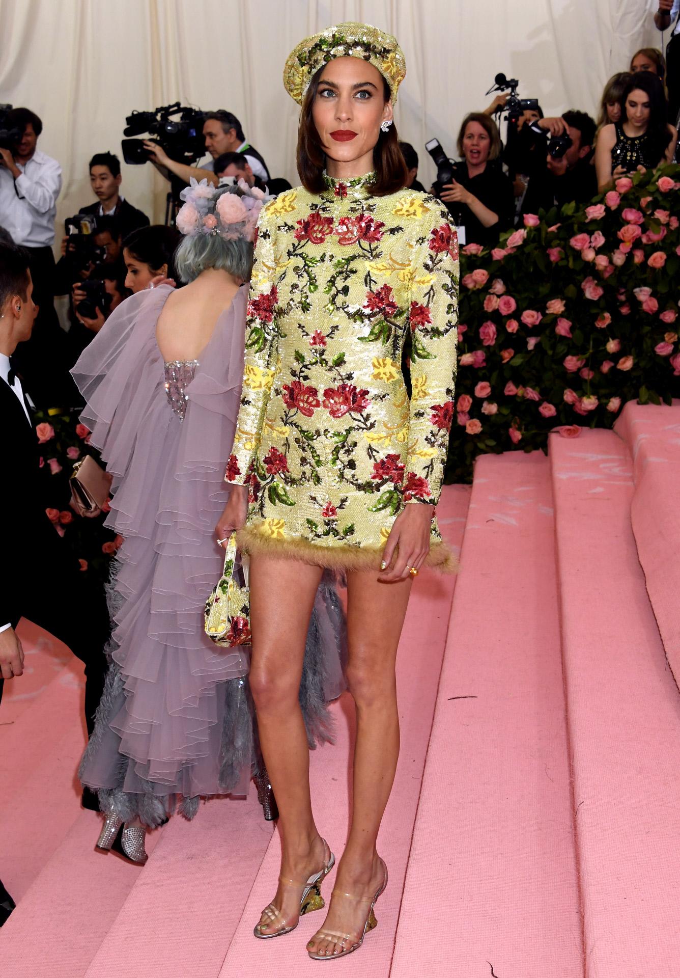 Alexa Chung en la Gala MET con total look diseñado por ella para su...
