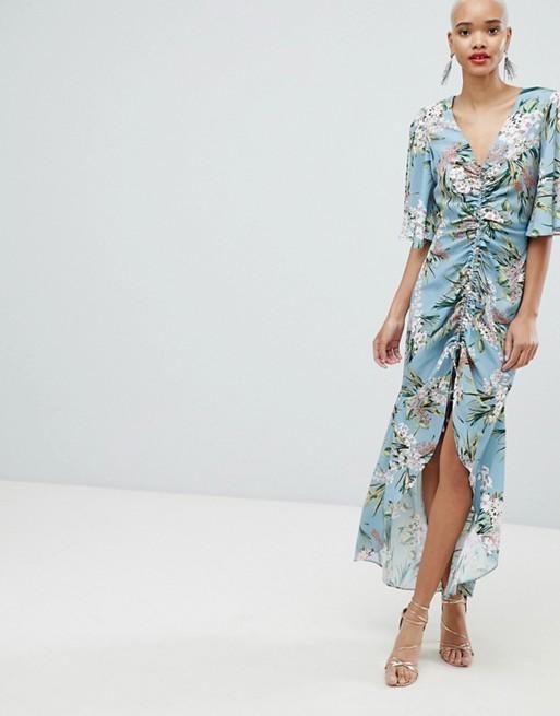 Vestido de flores de Asos (34,99 euros).