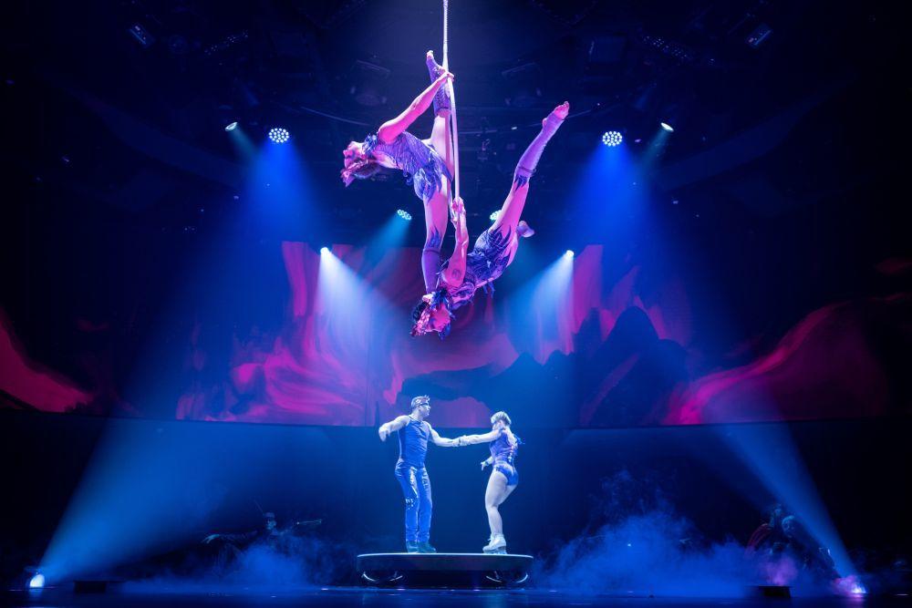 El Cirque du Soleil at Sea cuenta con dos espectáculos a bordo: el...