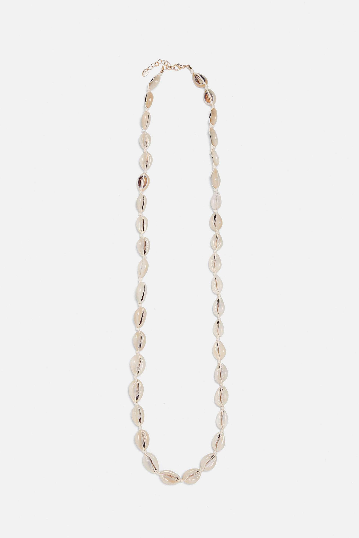 Collar XL de conchas de Zara