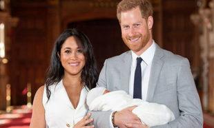 La primera foto del hijo de Meghan Markle y el príncipe Harry, así...