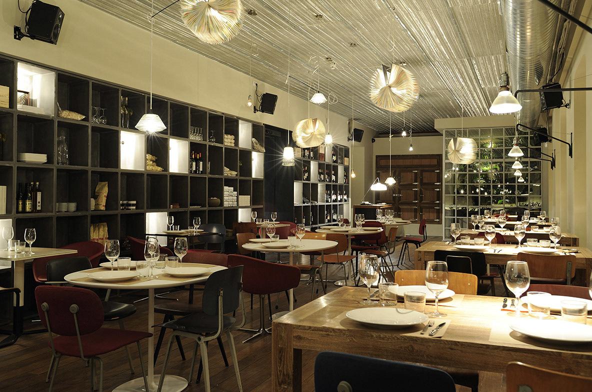 Bar Tomate, en la calle Fernando el Santo, 26.