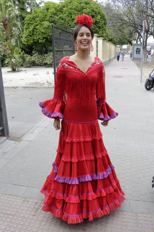Sofía Palazuelo con un traje de flamenca rojo.