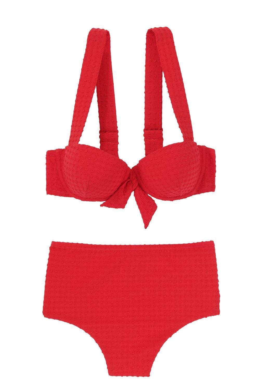 ff8cf14f6 ¿Quieres saber cuál es el bikini o bañador que mejor te sienta  Pues en  ETAM te ayudan a encontrar la prenda de baño que más te favorece gracias a  su guía ...
