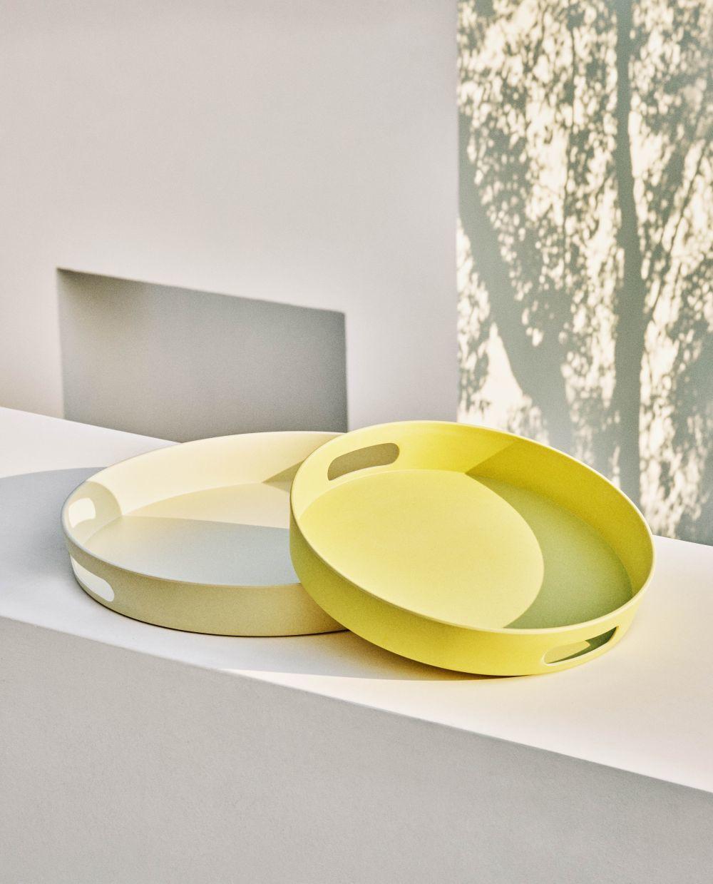 Bandeja color crema(19,99¤) y bandeja de color amarilla(15,99)