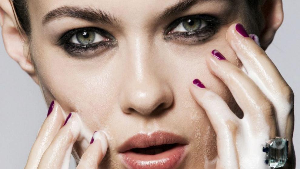 Rescatamos los mejores productos de belleza antiacné para combatir...