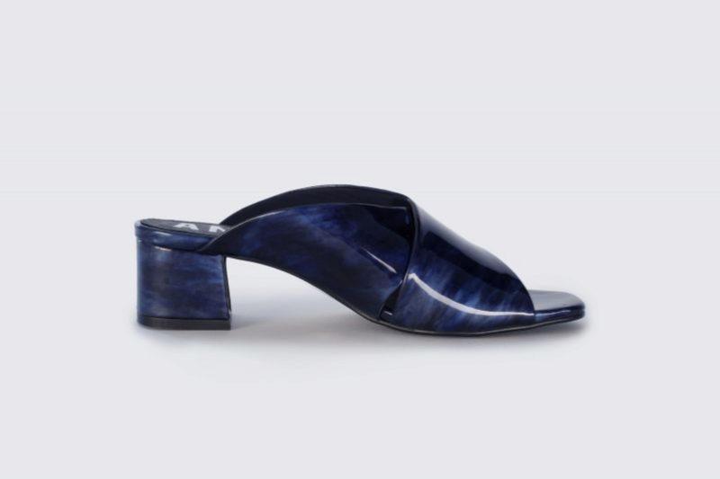 Sandalias de carey en color azul de Aniz