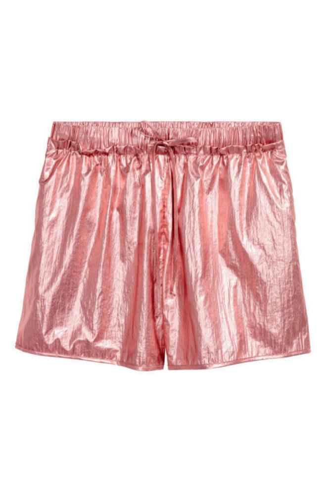 Shorts metalizados de H&M