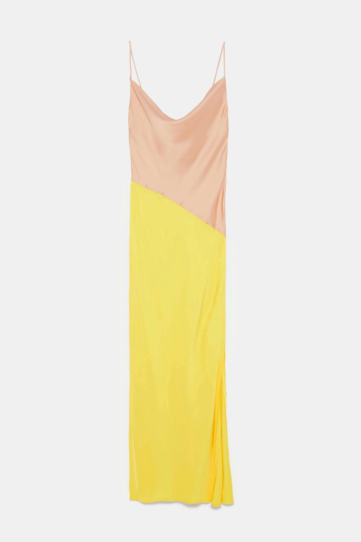 Vestido lencero bicolor de Zara
