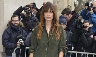 La modelo francesa es icono de millones de mujeres en todo el mundo y...
