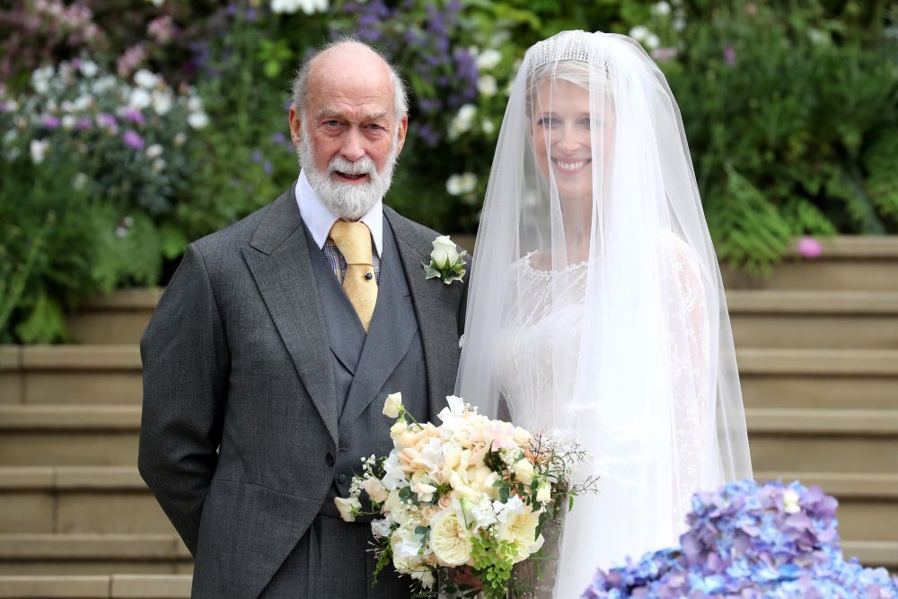 La novia con su padre, el príncipe Michael de Kent.