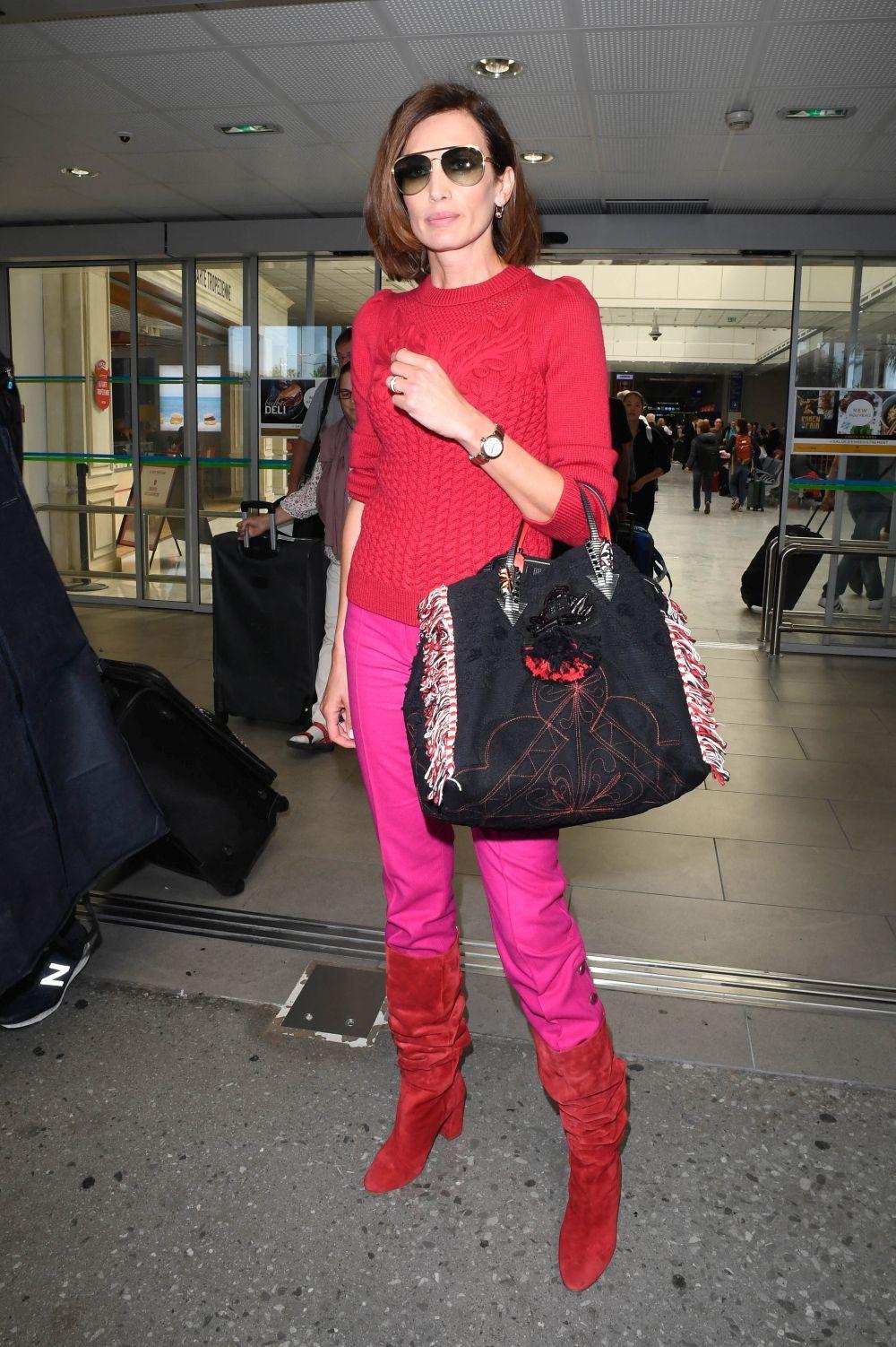 El look de aeropuerto de Nieves Álvarez para despedirse de Cannes.