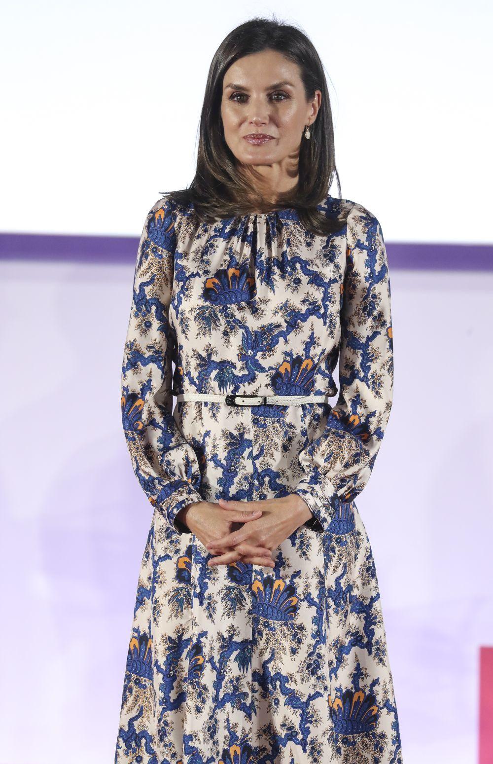 ebebc910a La reina Letizia estrena el vestido floral que ya llevó otra royal ...