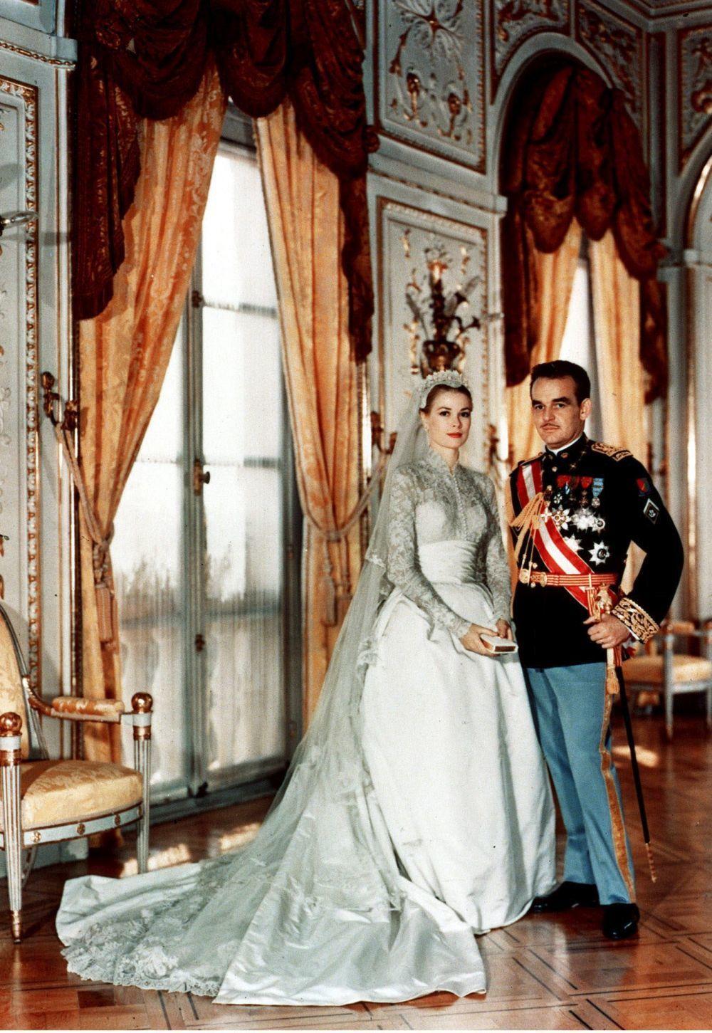 Principe Rainiero III de Mónaco en su boda con Grace Kelly