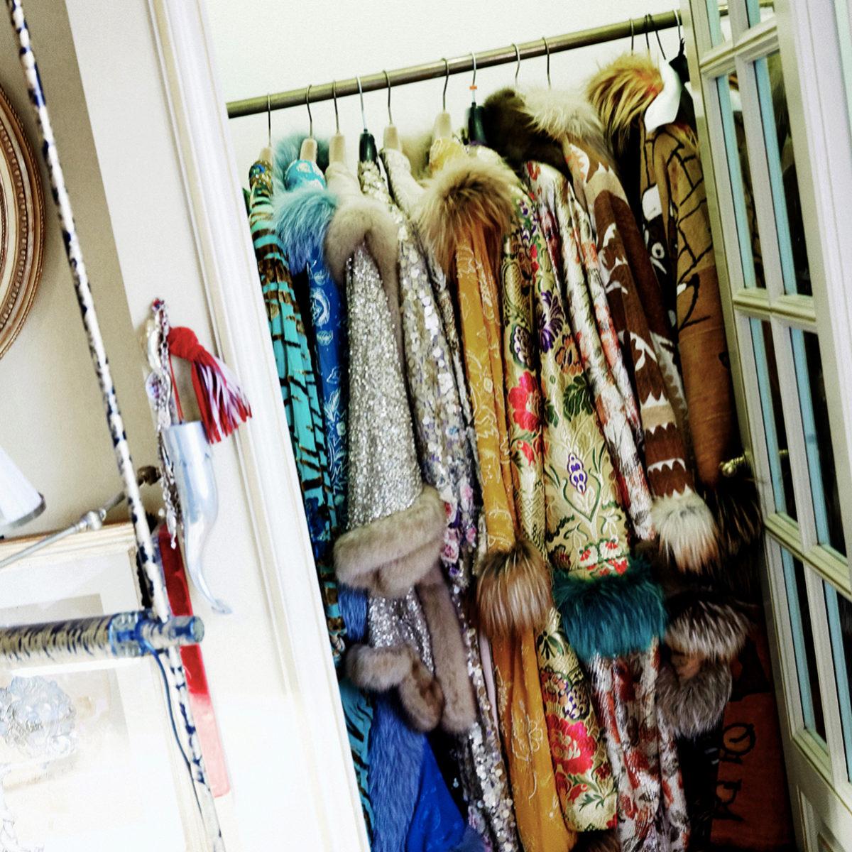 Para ordenar bien el armario tenemos que separar por categorías