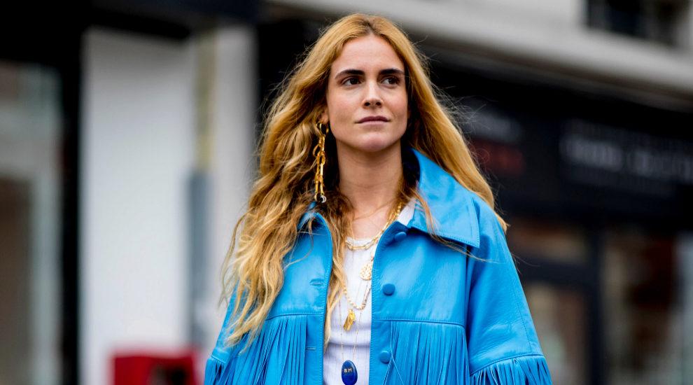 La influencer Blanca Miró apuesta por chaquetas de flecos
