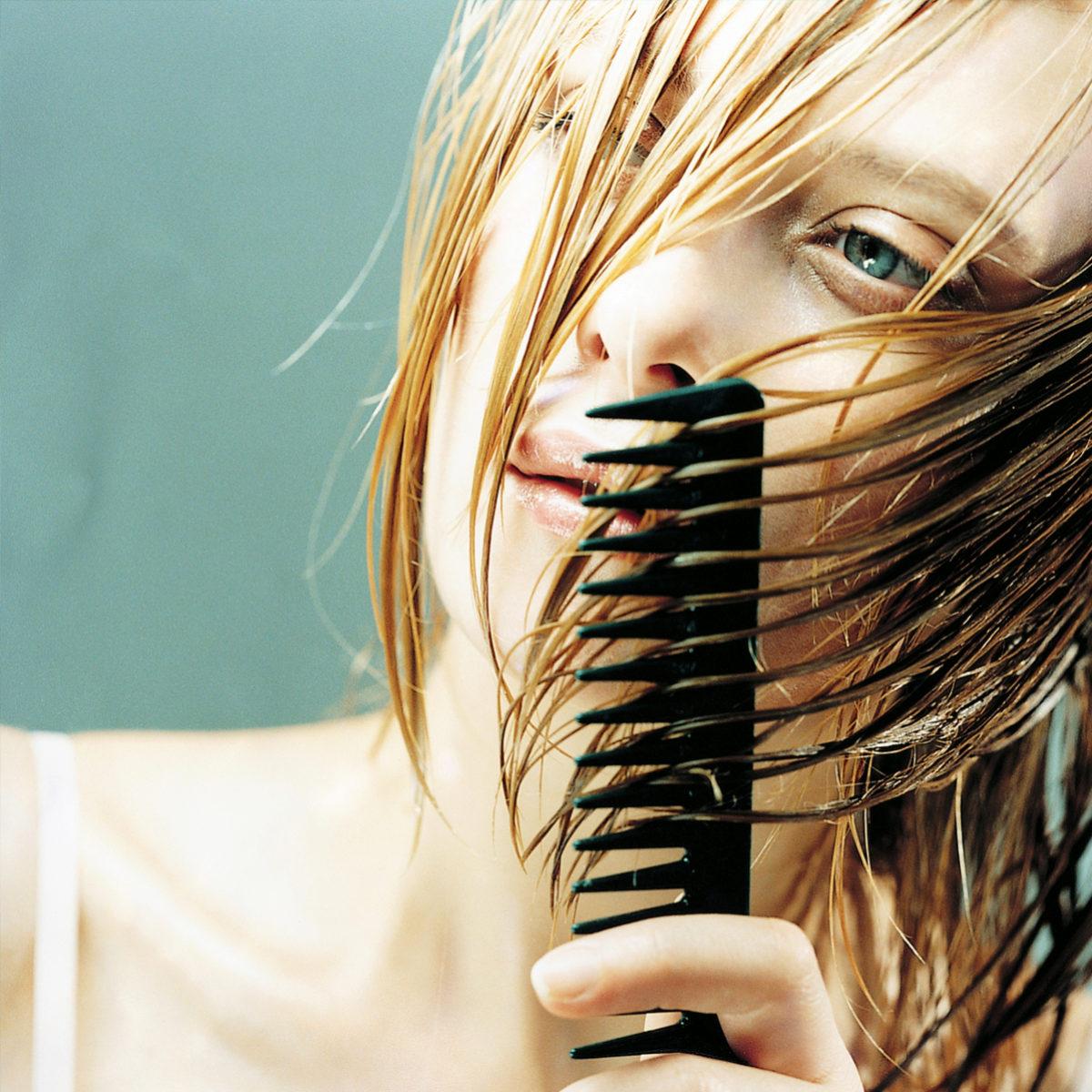 Vino lavarse de el pelo con vinagre