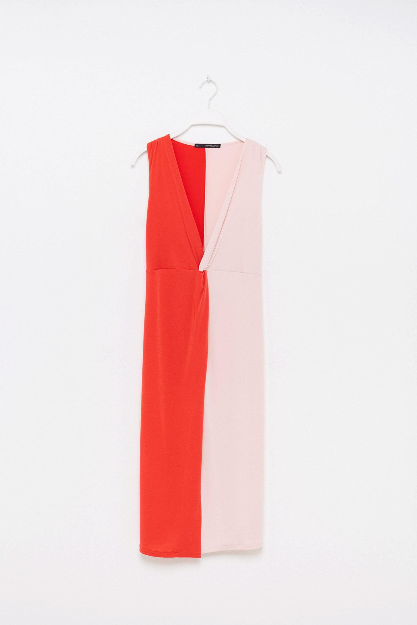 Vestido bicolor en corte midi de Sfera (23,99¤)