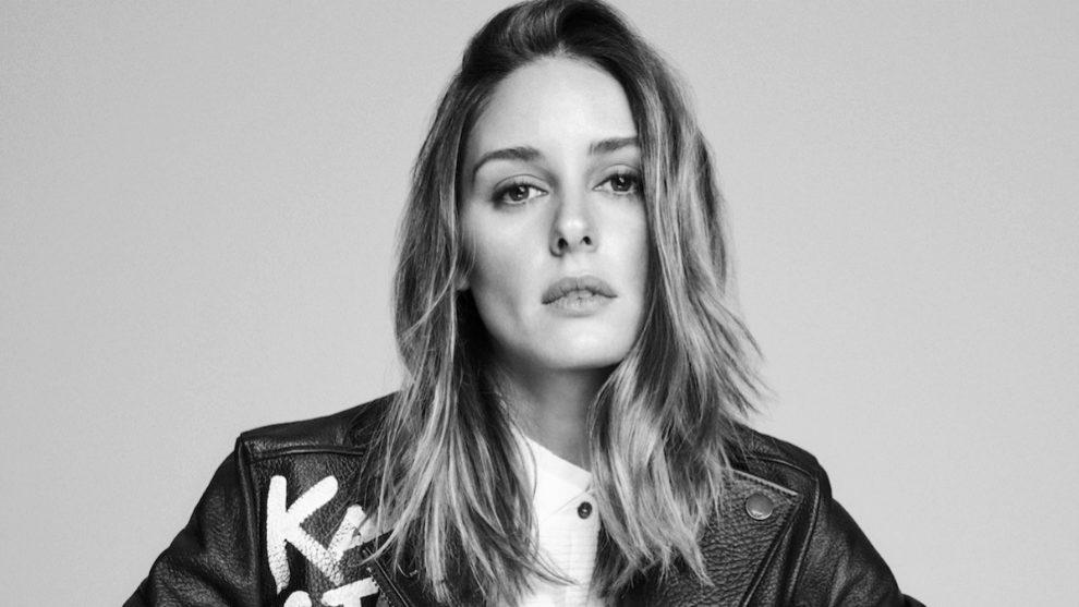 Olivia Palermo con cazadora de piel de Karl Lagerfeld