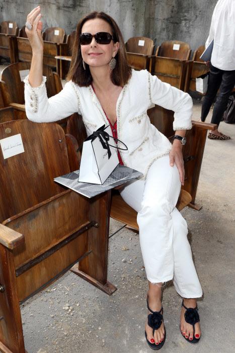 Carole Bouquet en el desfile de Alta Costura de  Chanel en 2013