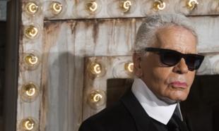 Karl Lagerfeld falleció en febrero en París a los 85 años de edad.
