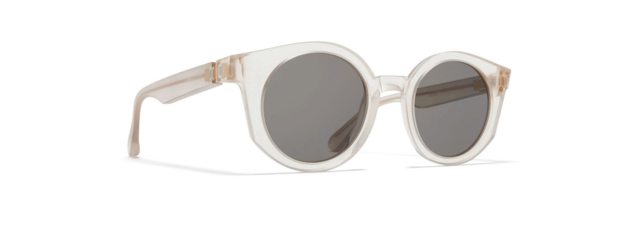 Gafas de pasta transparente de MIKITA, de la colaboración con Maison...