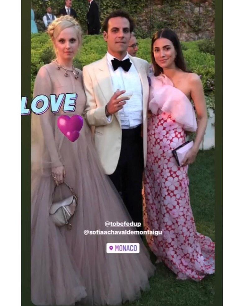 Alessandra de Osma junto a Martin Pacanowski y Sofia Achaval en la boda de Carlota Casiraghi y Dimitri Rassam