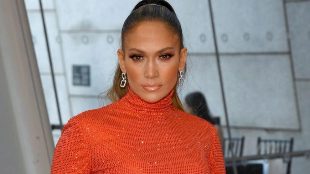 Jennifer Lopez acude a los premios CFDA en Nueva York