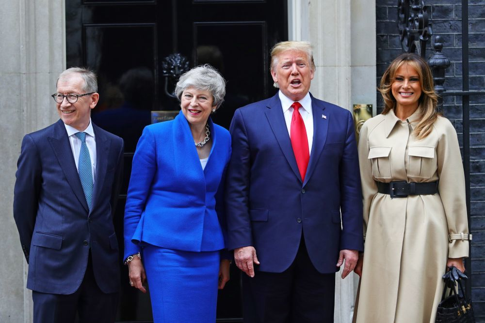 Los Trump se reunen en Londres con Theresa May y su marido.