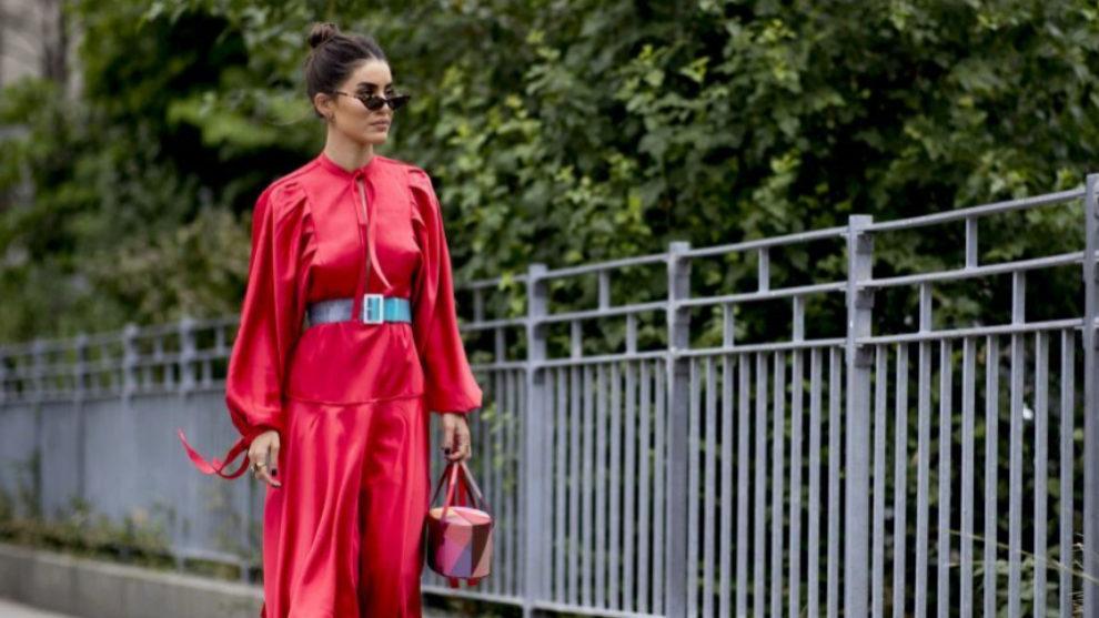 Las claves para combinar tu vestido rojo.