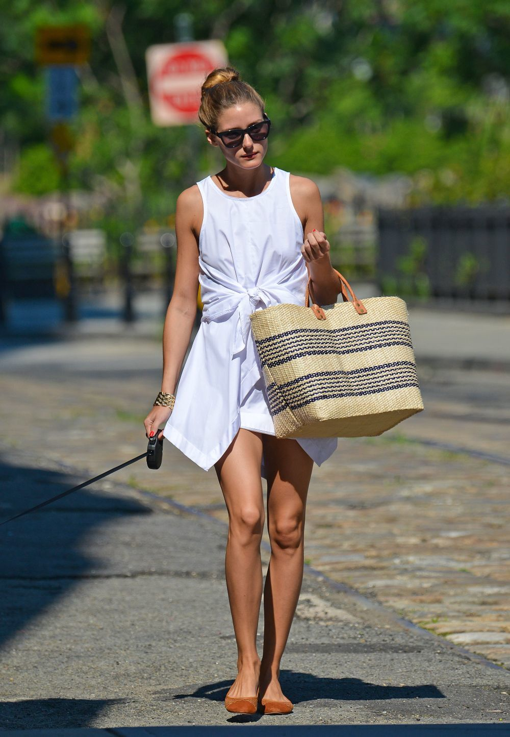 El perfecto look del verano lo tiene Olivia Palermo, tomamos nota.
