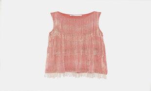 Vestido con flecos realizados con cuentas de Edición Limitada de Zara