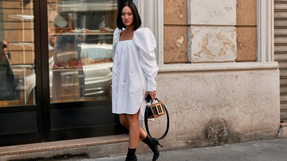 El vestido blanco mini es la prenda maestra del armario de verano